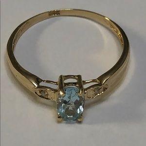 10KT yellow gold topaz& diamond ring